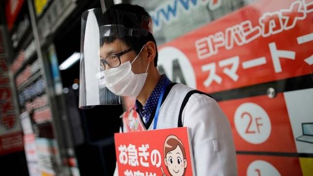Tokio informó 425 nuevos contagios y 22 nuevas muertes en las últimas 24 horas