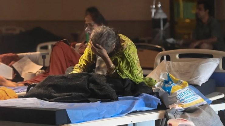 """La Organización Mundial de la Salud (OMS) clasificó hoy a la cepa de coronavirus descubierta en India, B.1.617, como """"preocupante"""""""