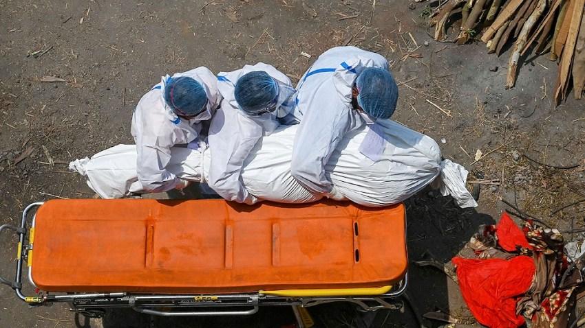 Un dato que empeora la situación es que India está entrando en su verano, no el invierno, la temporada que suele agravar el brote de coronavirus en el mundo.