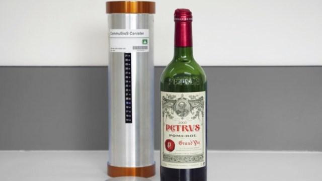 El vino francés Petrus cosecha 2000 pasó 14 meses en la Estación Espacial Internacional.