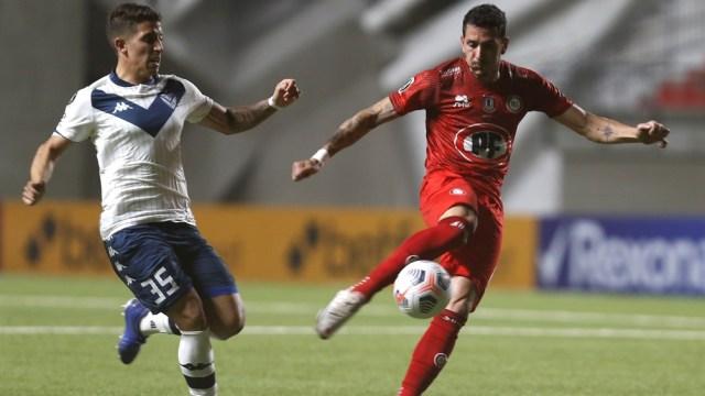 Vélez y Unión La Calera disputan uno de los duelos por el Grupo D de la Libertadores