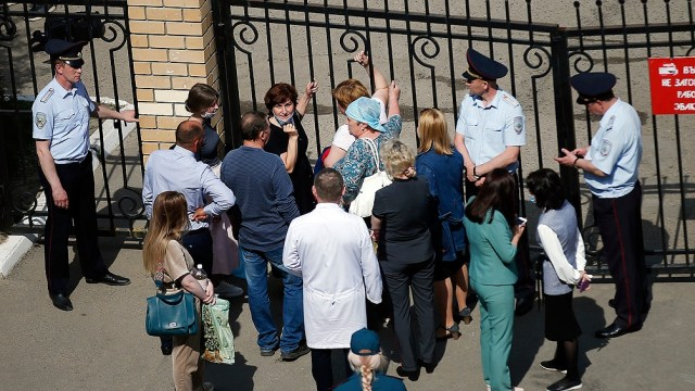 Algunos estudiantes pudieron escapar del edificio durante el ataque