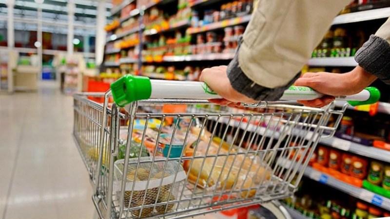 El programa de precios congelados incluye acuerdos con 24 empresas líderes de consumo masivo.