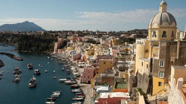 La economía de Italia depende en gran medida del turismo y sufrió una gran caída el año pasado por el coronavirus.