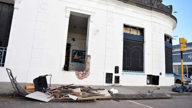 El hecho ocurrió en la madrugada de este martes en el local ubicado en Berutti 184.