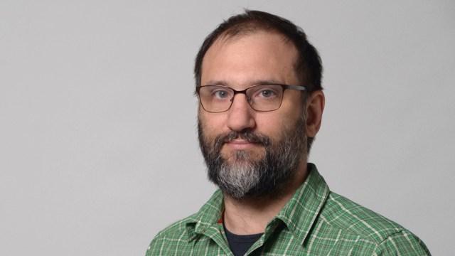 La estrategia de Aislamiento Social Preventivo Intermitente fue propuesta inicialmente por Rodrigo Castro.