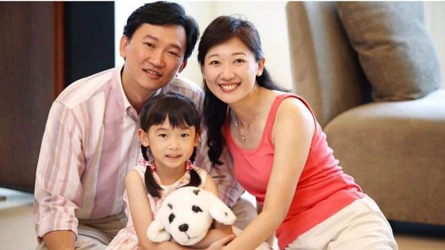 Los matrimonios chinos podrán tener hasta tres hijos por una estrategia del Gobierno para rejuvenecer la población