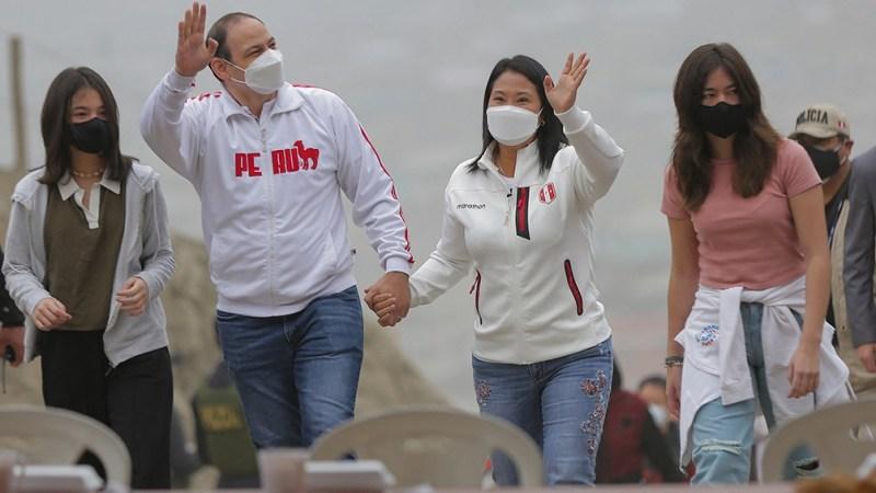 """""""Nuestro compromiso de respetar la voluntad popular"""", afirmó Fujimori"""