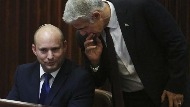 Naftali Bennet y Yair Lapid, líderes de la coalición de gobierno.