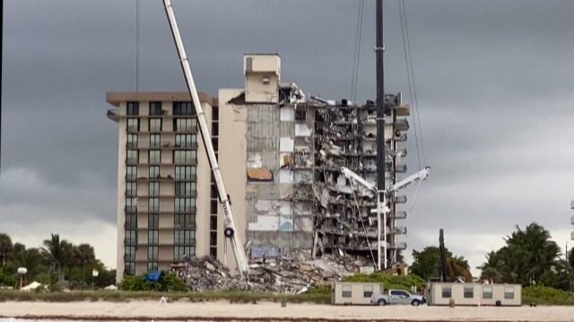 El derrumbe ocurrió el 24 de junio y el 4 de julio las autoridades debieron provocar una explosión por riesgo de caída de otras estructuras.
