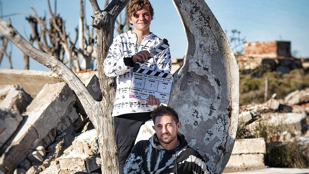 Levigne y Onetti en el rodaje qué terminó en estos dias, rumbo a Blood Window