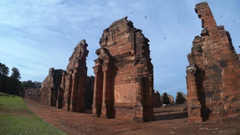 Las ruinas jesuíticas de San Ignacio, en Misiones.