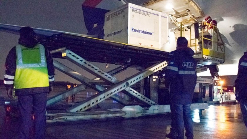 Con estos tres cargamentos, la Argentina habrá recibido 30.487.730 vacunas.