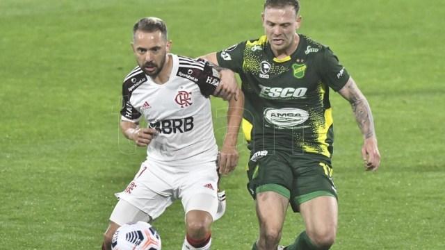 Flamengo sacó credenciales en Varela (Foto: Alfredo Luna).