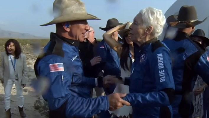 La nave de Bezos despegó desde una instalación remota en el desierto del oeste de Texas