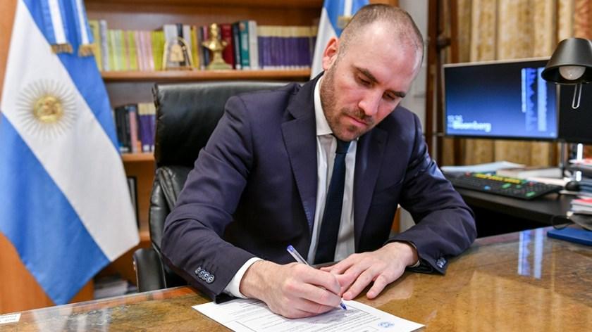 Guzmán votó a favor de la asignación de los Derechos Especiales de Giro (DEG).