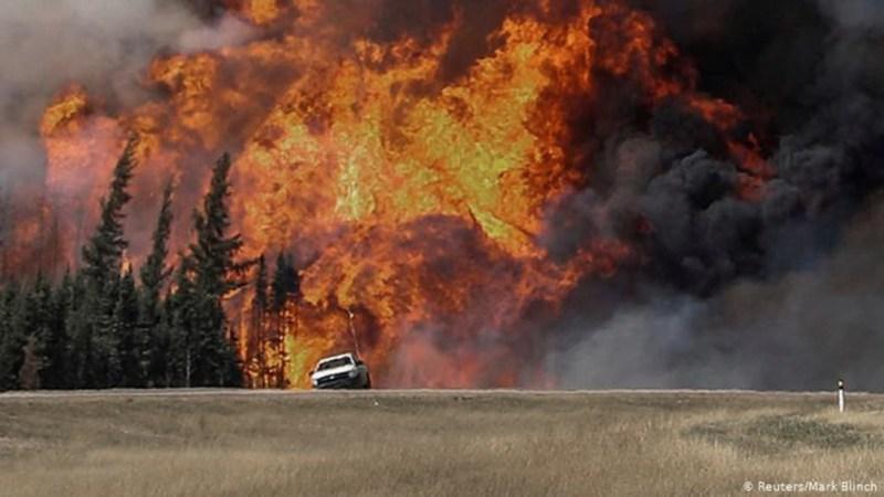 Los incendios obligaron a evacuar a miles de canadienses.