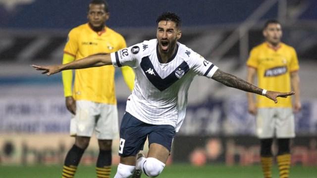 Vélez busca consolidar la ventaja lograda de local.