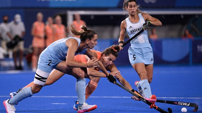 Las Leonas cayeron 3 a 1 ante Países Bajos (Foto AFP)
