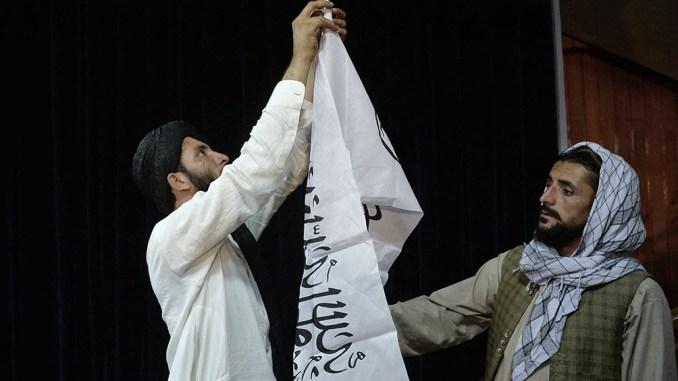Los talibanes deberán encontrar fondos para pagar sueldos de funcionarios y mantener infraestructuras vitales como el agua, la electricidad y las comunicaciones.