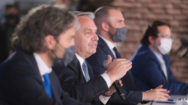 También participaron funcionarios como Martín Guzmán, Santiago Cafiero, Gómez Alcorta, entre otros.