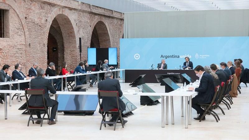 La reunión se realiza en el Museo del Bicentenario de Casa de Gobierno. Foto: Presidencia.