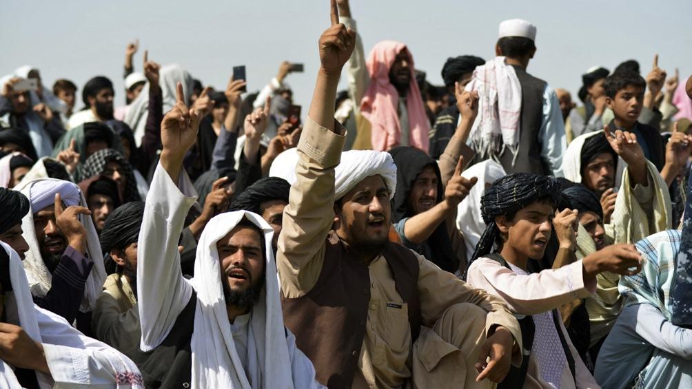 Los talibanes enfrentan denuncias de organizaciones humanitarias.