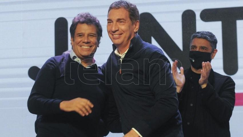Manes y Santilli se mostraron juntos el domingo tras las elecciones.