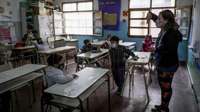 La designación de las y los docentes jubilados/as, será realizada por la Subsecretaría de Educación y la Subsecretaría de Administración y Recursos Humanos. Foto: Diego Izquierdo.