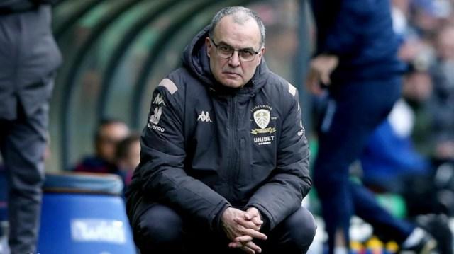 El entrenador rosarino resaltó la enorme diferencia económica entre los grandes de la Premier League y los de mitad de tabla, como el Leeds.