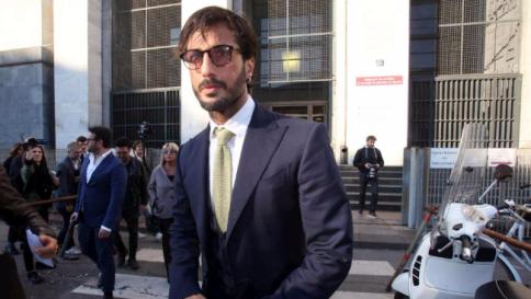 Fabrizio Corona, respinto l'affidamento terapeutico: resta in carcere