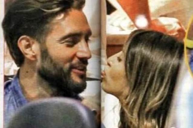 Alex Belli e Mila Suarez vacanze hot alle Maldive: non solo amore!