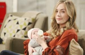 Hope con la piccola Phoebe
