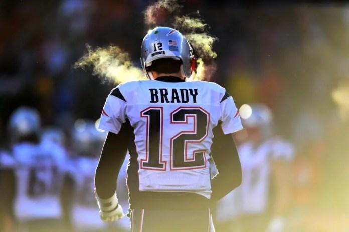 Nfl, Tom Brady salta l'allenamento, ma domenica giocherà