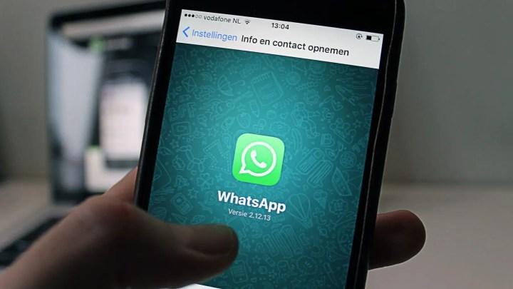 Android, un messaggio Whatsapp blocca lo smartphone