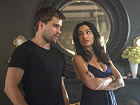 Witches_of_East_End_-_Episode_2.09_-_Smells_Like_King_Spirit_-_Promotional_Photos_(8)_FULL