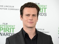 JonthanGroffSpiritAwards2014
