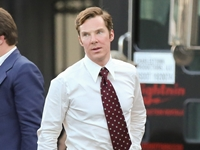 benedict-cumberbatch-black-mass-on-set-in-a-suit-handsome-hot-handbag