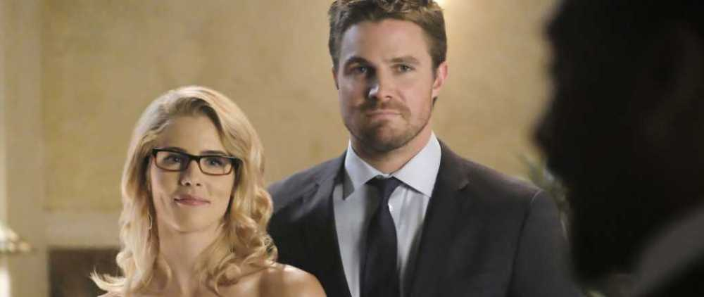 Crisis on Earth-X arrow olicity
