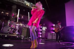 Paramore on stage with TELEFUNKEN