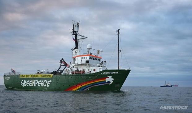 L'appello di Greenpeace: l'Artico si surriscalda due volte più in fretta di qualsiasi altro luogo del Pianeta. Il rischio riguarda tutti. Facciamone area protetta