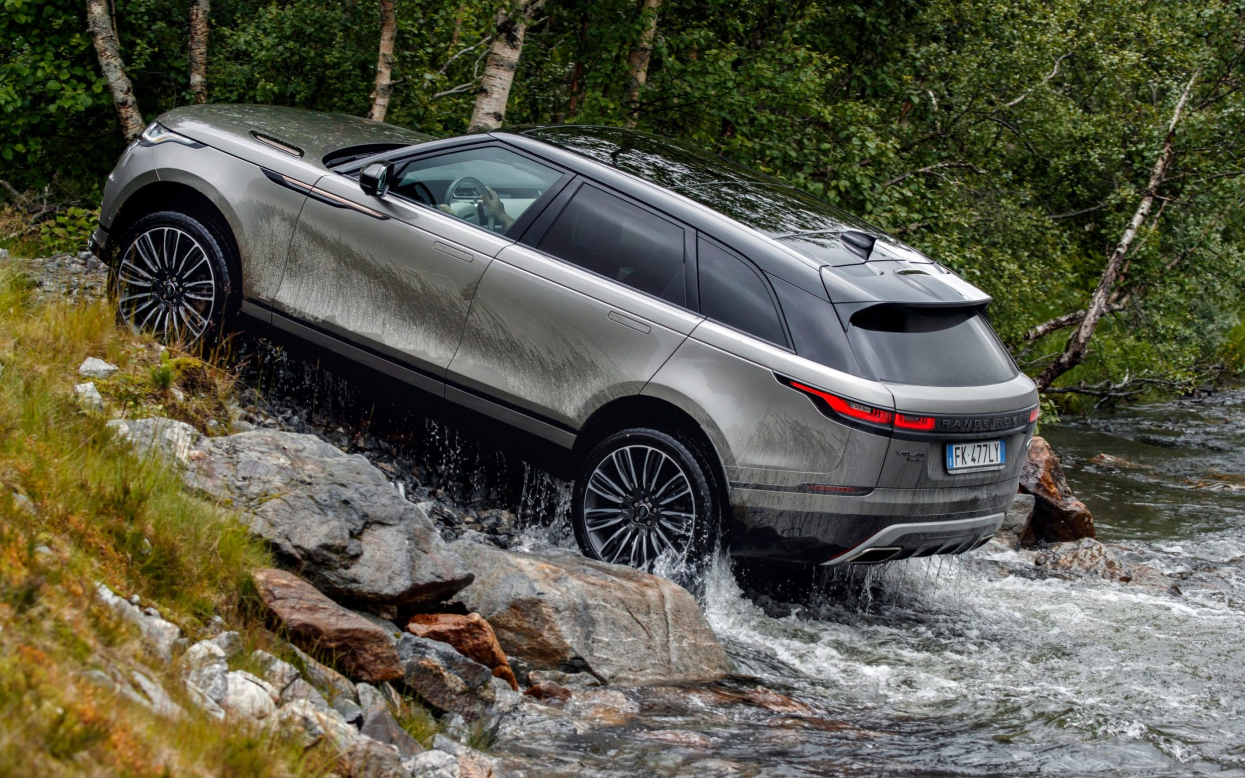 Range Rover Velar 2017 Review A Flawed But Beautiful