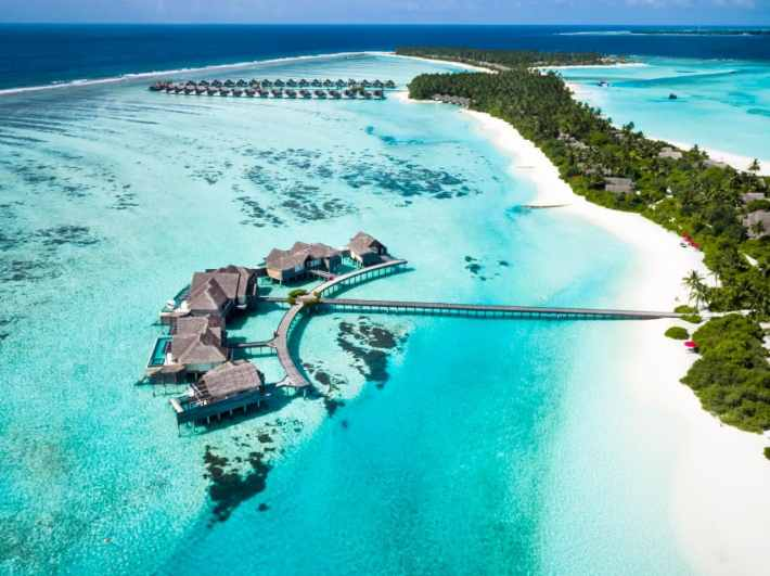 Afbeeldingsresultaat voor cook islands room over water