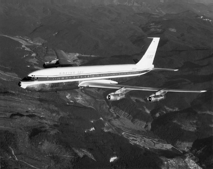 The Boeing 707 downed by lightning in 1963