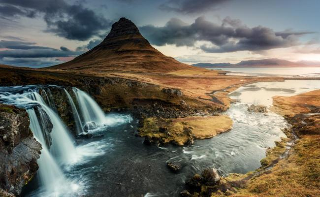 Is Iceland The World S Most Dramatic Cruise Destination