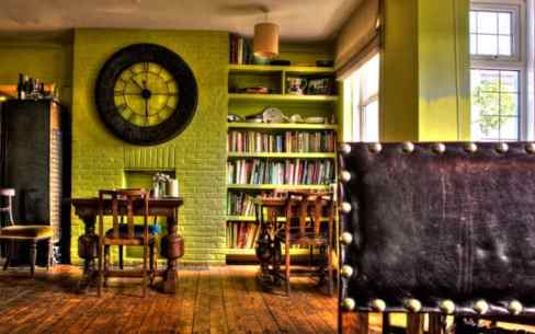 As well as a cosy bar, the Anchor offers comfortable accommodation above the pub