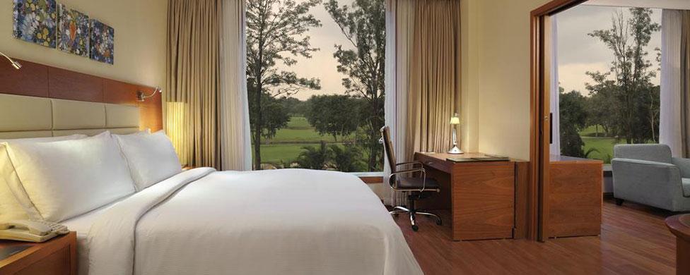 Hilton Embassy Bangalore GolfLinks hotel