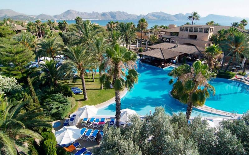 Best destinations in spain for couples for Top 10 vacation spots couples