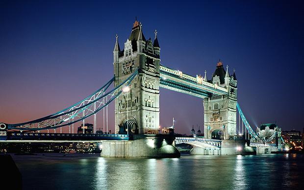 Falling Money Wallpaper Hd The Secrets Of London S Bridges Telegraph