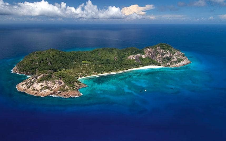 Cars Wallpaper With Names Inside George Clooney S 163 47 000 Seychelles Honeymoon